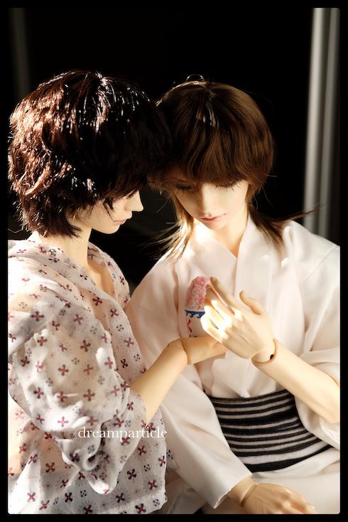 mikoto and mikado having ice shavings
